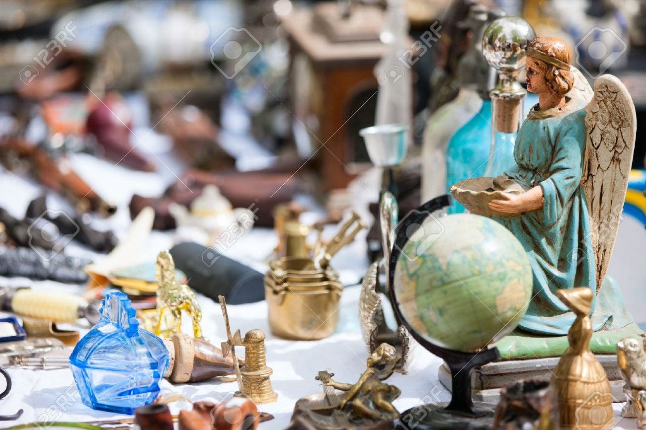 19987030-Close-up-details-of-flea-market-stall-in-Bruges-Belgium-Stock-Photo