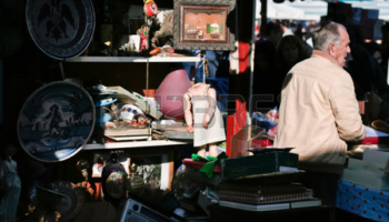 33860252-barcelona-spain–january-4-typical-stall-on-els-encants-flea-market-at-placa-de-les-glories-on-janua